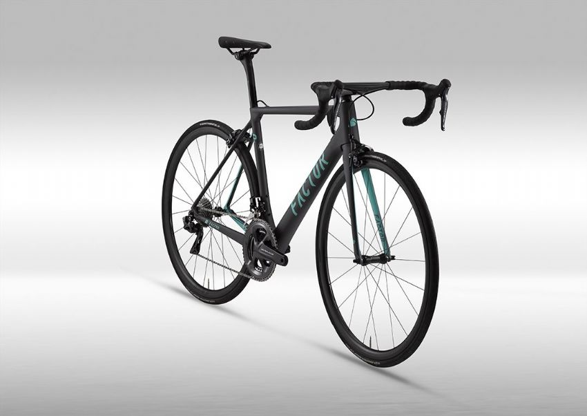Factor O2 Complete Di2 Bike - Dura Ace 9070 - 52cm - Turquoise